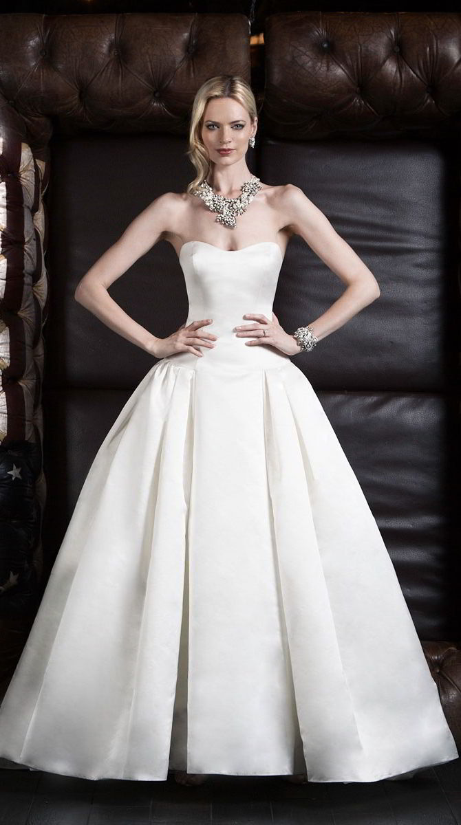 Victor Harper Couture Spring 2017 Strapless satin ball gown