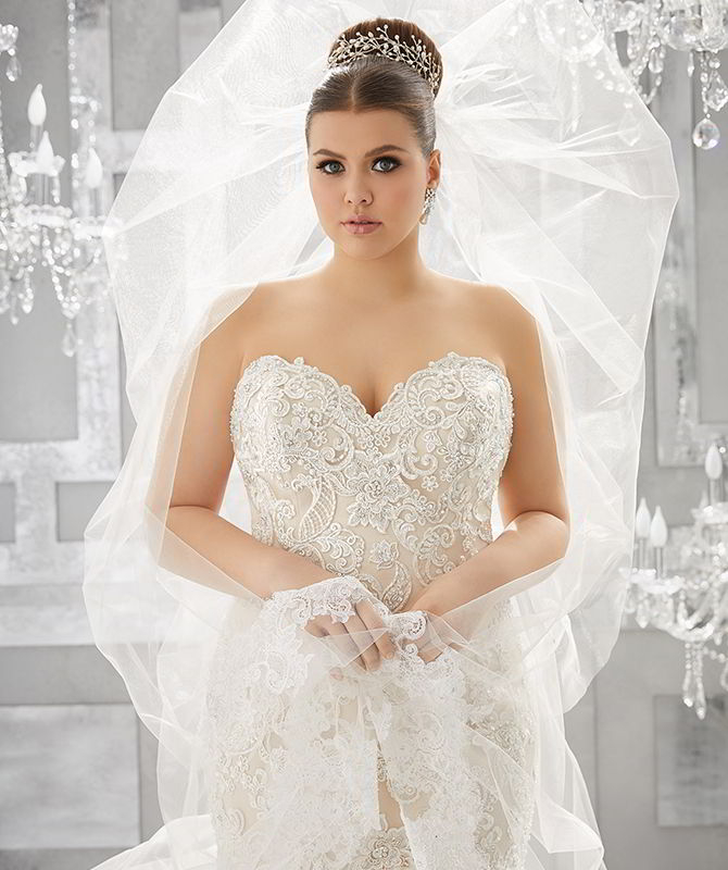Julietta by madeline gardner fall 2017 plus size wedding for Plus size fall wedding dresses