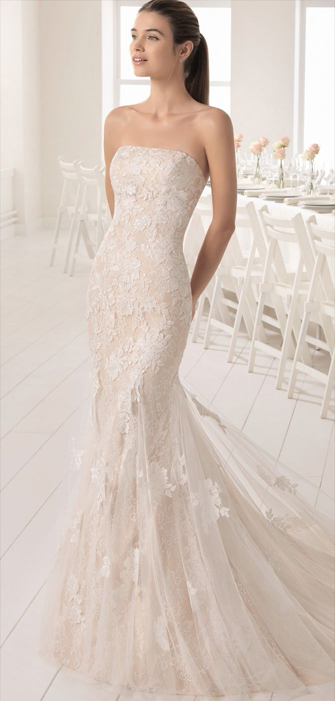 Aire barcelona 2018 wedding dresses world of bridal for Embroidered mermaid wedding dresses