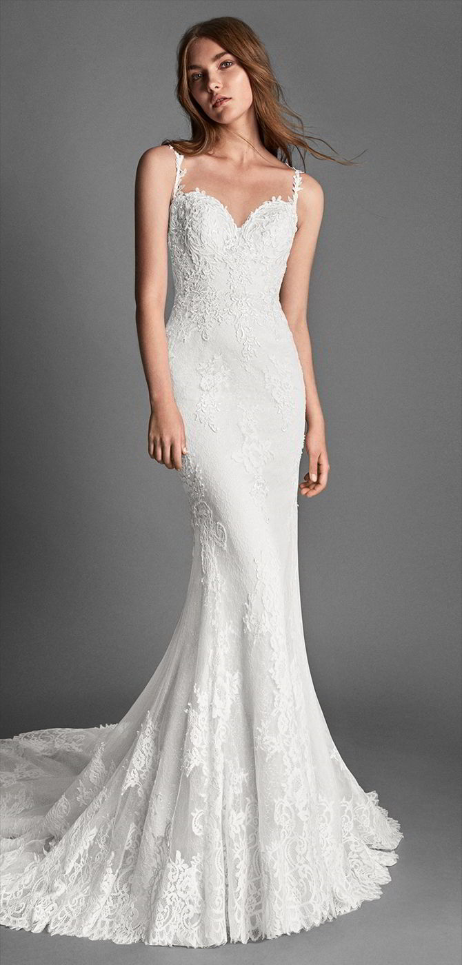 Alma Novia 2018 Mermaid-style beaded lace and guipure lace wedding dress